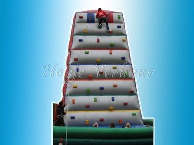 Opblaasbare klimwand 8,5 meter hoog